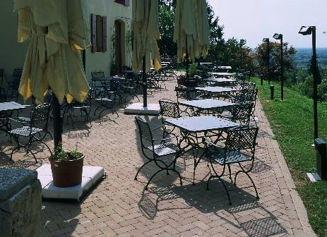 ... pag2 - FIVE STARS Italy pergole,mobili per giardino,cucine da esterno